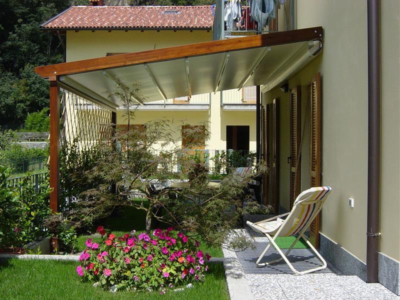 Emejing pergole da terrazzo images idee arredamento casa tende