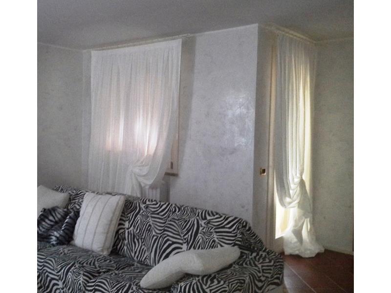 LA TENDARREDO - Tessuti, tende e tendaggi, a Modena. La ...