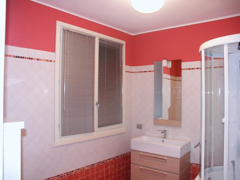 Tendaggi per interni arredamento moderno tende per for Tende arredamento moderno